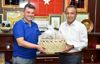 """""""Yenipazar Belediye Başkanından, Başkan İshak Sarı'ya Ziyaret"""""""