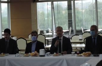 Rektör Prof. Dr. Fatih Savaşan SAÜ Güvenlik Personeli ile Bir Araya Geldi