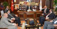 AK Parti İl Başkanı Uncuoğlu, Karasu Belediye Başkanı İspiroğlu'nu Ziyaret Etti