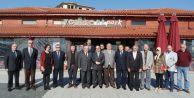 VALİ COŞ: Yenikent'in sorunlarını dinledi