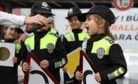 Vali Balkanlıoğlu, Çocuklarımızı Trafik Konusunda Bilinçlendirmek Lazım