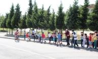 Bisikletçiler 15 Temmuz Camili'den geçti