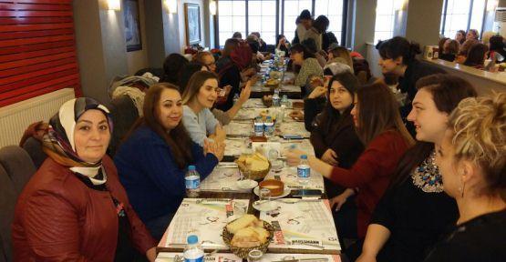Türk Eğitim-Sen'liler Kahvaltıda Buluştular