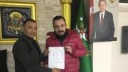 15 günde 500 kişiyi AK Parti'ye kazandırdı