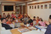 Öğrenciler Yerel Yönetimler Dersini Belediye`de İşledi