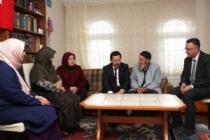 Vali Balkanlıoğlu Şehit Kaymakamın Ailesini Ziyaret Etti