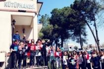 Öğrenciler kitapları Faik Baysal ile sevdi