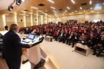 """Vali Nayir SAÜ'deki """"Sünnetin Otoritesi"""" Sempozyumuna Katıldı"""