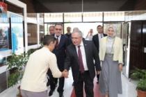 Vali Nayir Mehmet Zumra Kuş Ortaokulunu Ziyaret Etti