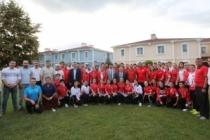 Genç Karateciler Onuruna Yemek Programı Düzenlendi