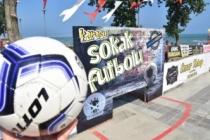 Karasu'da Etkinlikler Plaj Voleybolu ve Sokak Futbolu ile Devam Etti