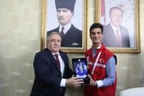 Damla Projesi Gönüllüleri Vali Nayir'i Ziyaret Etti