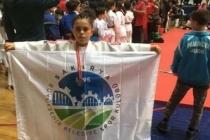 Büyükşehirli judocular kürsüde