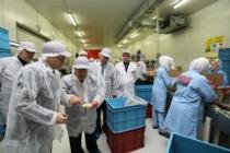 Vali Nayir OBA makarna fabrikasını ziyaret etti