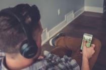 Iphone kullanıcılarını sahte arkadaşlık uygulamasıyla oltaya düşürüyorlar