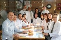 14 Mart Tıp Bayramı'nda Sağlık Çalışanlarından Birlik Mesajı