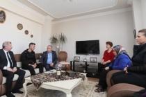 Vali Nayir İdlib Gazisini Evinde Ziyaret Etti