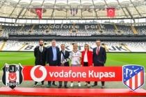 Vodafone'dan Dünya Kadınlar Günü'nde kadın futbolculara tam destek
