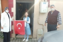 Durmuş'tan öğrencilere 23 Nisan ziyareti