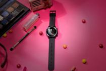Kadınlar için periyot takibi yapan akıllı saat