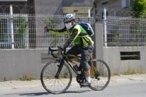 75 yaşındaki vatandaş evinden çıkar çıkmaz bisikletine bindi