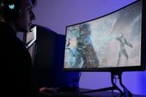 Kavisli oyuncu monitörü Acer Predator X35'le aksiyonun tam ortasına ışınlanın