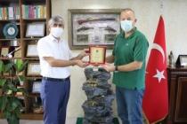 Eskrim Federasyonundan Arif Özsoy'a Teşekkür Plaketi