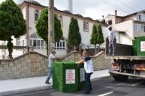 Erenler de çöp konteynerleri senteti̇k çi̇m kafes i̇le gi̇ydi̇ri̇li̇yor