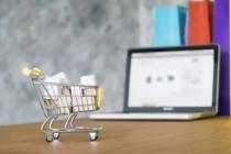 Tüketicilerin yüzde 72'si önce internet diyor