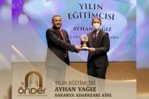 Yılın Eğitimcisi Sakaryalı Ayhan Öğretmen