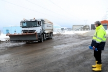 Karla mücadelede çalışmalarımızı büyük bir özveri ile sürdürüyoruz
