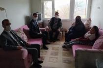 Taraklı Kaymakamı Şehit aileleri ve Gazi ve yakınlarını evlerinde ziyaret etti