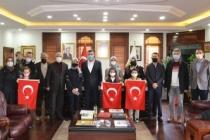 Sapanca Belediyesi'nden İstiklal Marşı'nı En Güzel Okuyana Ödül