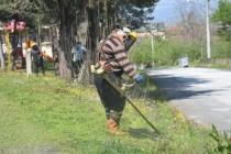 Erenler' de camii avlularında ve parklarda hummalı temizlik