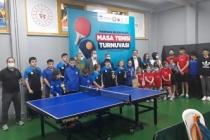 Marmara Belediyeleri Masa Tenisi Turnuvasına yoğun ilgi
