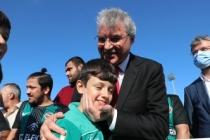 Büyükşehir, bu okulda Türk Bayrağı'nı dalgalandıracak sporcular yetiştirecek
