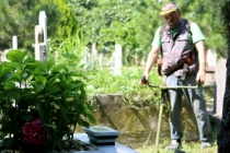 Mezarlıklar Kurban Bayramı'na hazır