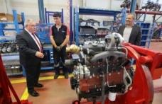Vali Nayir Başak Traktör Fabrikasını Ziyaret Etti