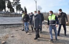 Karasu Kuzuluk Mahallesinde Beton Yol Uygulaması Devam Ediyor