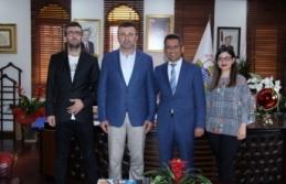 Başkan Burak'tan Özen ve Bayar'a hayırlı olsun ziyareti