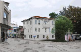 Tarihi Alicanlar Konağı'nda işlemler sürüyor