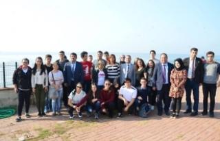 Kıbrıslı öğrenciler Karasu'ya hayran kaldı