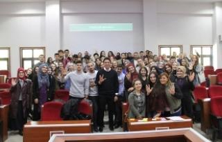 Öğrenciler motivasyon eğitiminde buluştu
