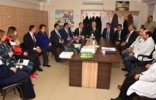 Karasu Belediyesinden Öğretmenlere Ziyaret