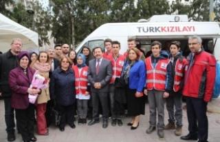 """Vali Balkanlıoğlu, """"Halkımızı Kızılay Kan..."""