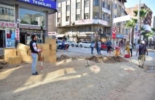Karasu Atatürk Bulvarındaki Çalışmalar Devam...