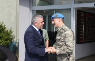 Toçoğlu Tugay Komutanı Acartürk'e başarılar...