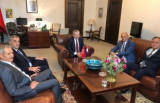Başkan Toçoğlu Büyükelçi Dişli'ye başarılar...