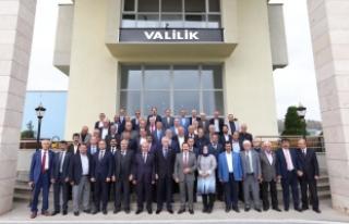 """Vali Balkanlıoğlu, """"İllerde Vali Ne İse, Köylerde..."""