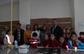 Misafir okul öğrencileri SGM'den mutlu ayrıldı